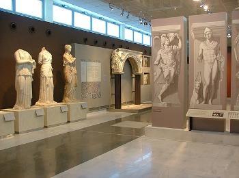 Залы Археологического музея Салоник