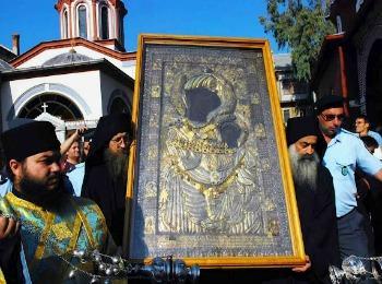 Иверская икона Божией Матери Портаитисса (Вратарница) в монастыре Ивирон