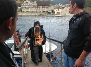 Вынос святынь Афона к кораблям