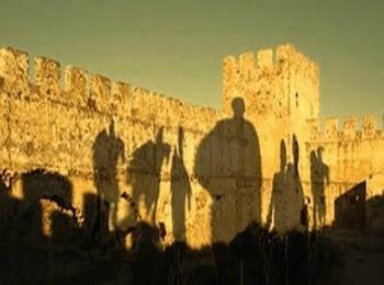 Мистические дроссулиты на стенах крепости Франгокастелло, Ретимно, Крит