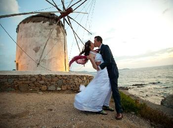 Свадьба на острове Миконос в Греции