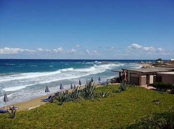 Пляж Ватьянос