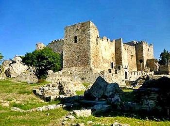Средневековый замок, Патры