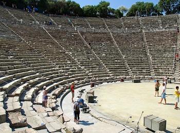 Театр в Эпидавре, Пелопоннес, Греция
