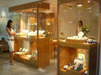 Разнообразие оригинальной ювелирной продукции, магазин Aquamarine