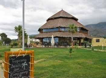 Самый популярный пляжный бар