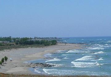 Пляж Ваталос для любителей активного отдыха