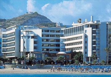 Один из лучших отелей города