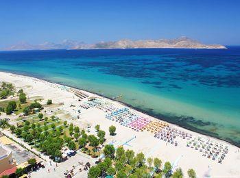 Белые песчаные берега острова Кос