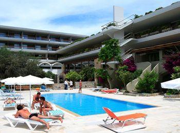 Самым лучшим отелем считается City Resort & Spa