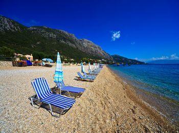 Крупно-галечный пляж Барбати