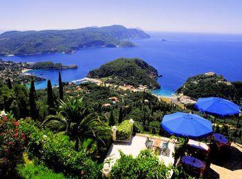 Потрясающий вид на остров Корфу