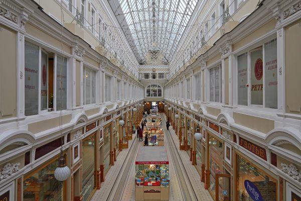 Широкий ассортимент в Пассаже в Санкт-Петербурге