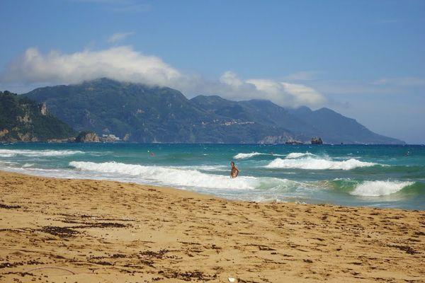 В сильные ветра можно заняться серфингом