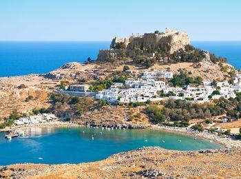Не маленький по величине остров Родос
