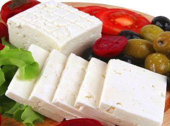 Непременный продукт на столах у греков