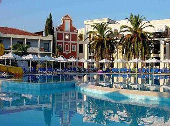 Идеален для отдыха с детьми Mitsis Roda Beach Resort & Spa 4