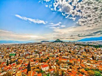 Сезон в Афинах начинается в конце мая