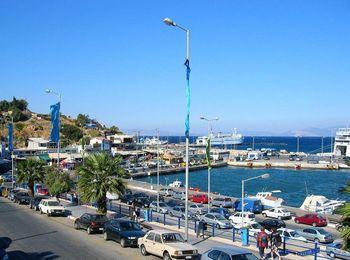 Рафина, порт Греции