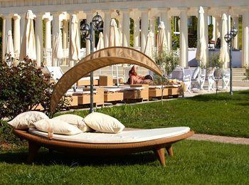 Уютная обстановка в отеле Potidea Palace