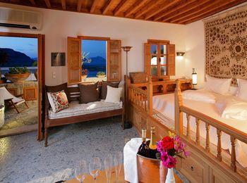 Домашняя уютная обстановка в Меленос