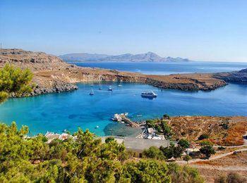 Небольшой городок Линдос на острове Родос