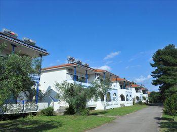 Трехзвездочный Sithonia Village Hotel