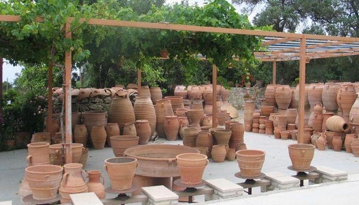 В городке развито гончарное производство