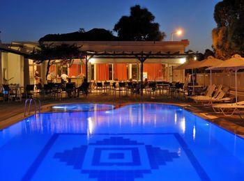 Лучшие апартаменты в Kolymbia Bay Art
