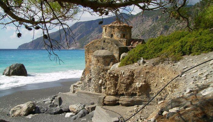 Старинные церкви, построенные на месте античных храмов