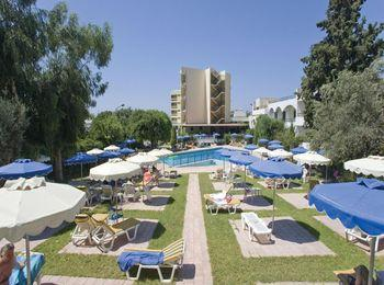 Трехзвездочный Solemar Hotel  Apartments