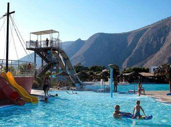 Всеми любимый аквапарк Waterpark