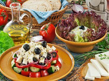 Морепродукты и запеченные овощи