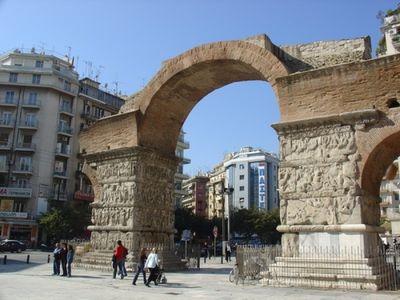 Арка и гробница императора Галерия