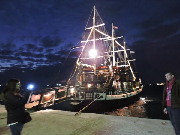"Трёхмачтовый корабль ""Арабелла"", набережная Салоник"