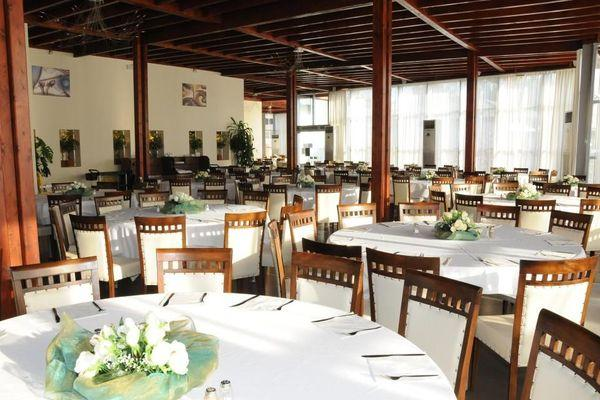 Ресторан гостиничного комплекса