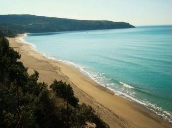 Многокилометровые дикие пляжи Крита