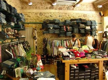 Магазины в городе Херсониссос, Крит