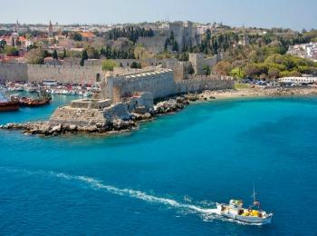Панорамный вид столицы острова Родос