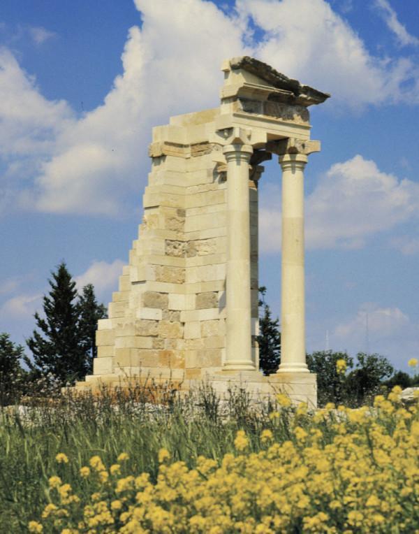 руины храма Афродиты на  Пафосе