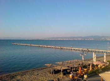 Пляж Переи в пригороде Салоник