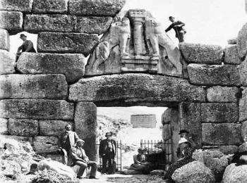 Генрих Шлиман на раскопках древних Микен, Греция