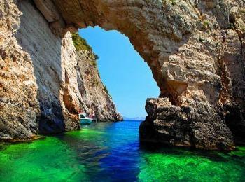 Голубые пещеры, остров Закинф, Греция