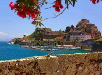 Июль на Корфу, Греция