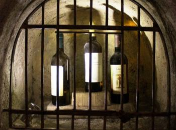 Музей вина, Камари, Санторини, Греция