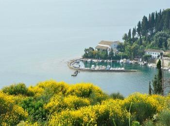 Март на острове Корыу, Греция