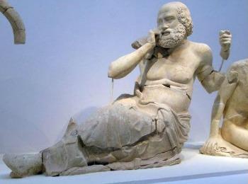 Музей в Олимпии, скульптуры храма Зевса Олимпийского (Греция)