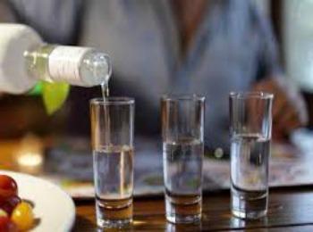 Греческая водка ципуро