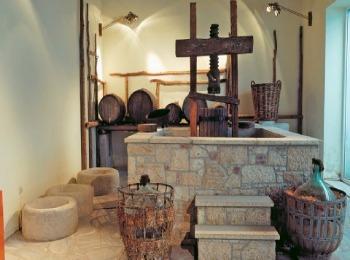 Оборудование старой винодельни, Греция