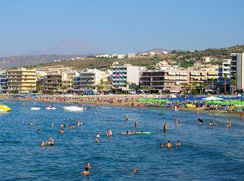 Отели на побережье пляжа Ретимно